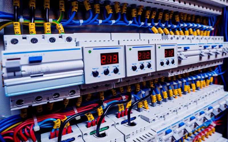 Une mise aux normes adaptée pour votre dispositif électrique